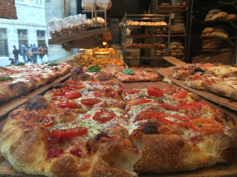 Panificio Menchetti pizza regina