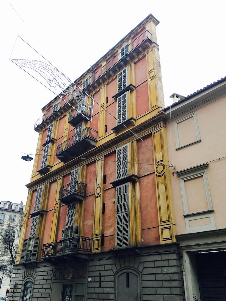 Torino Casa Scaccabarozzi / Fetta di Polenta