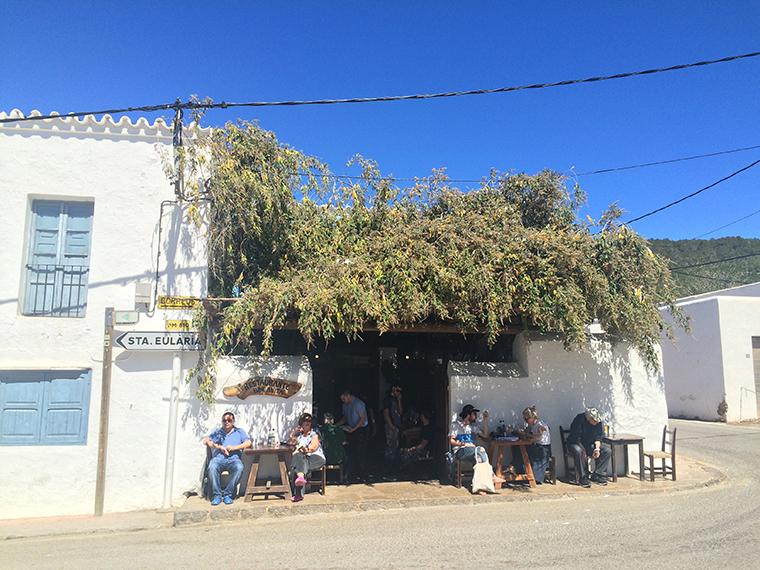 Ibiza Sant Carles de Peralta Bar Anita