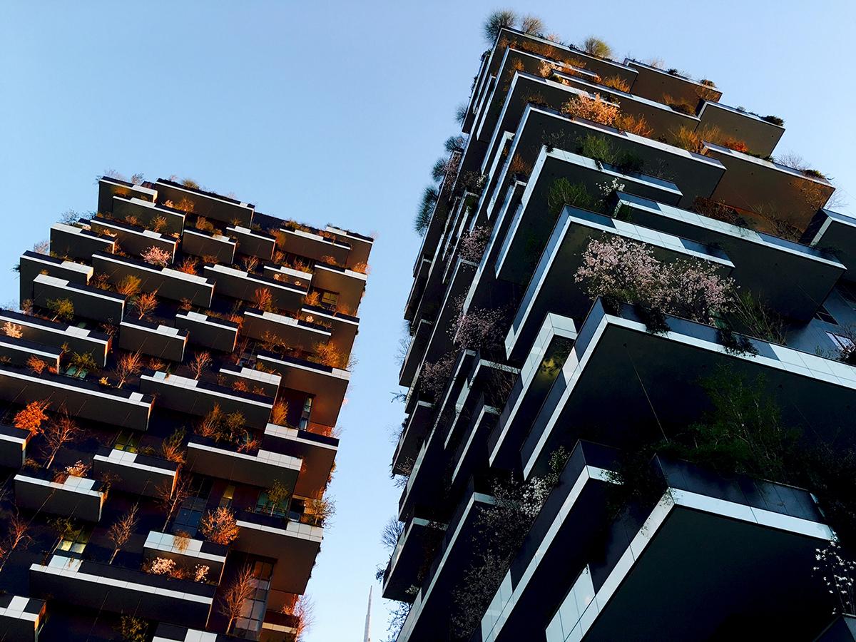 Milano Porta Nuova Isola Bosco Verticale 01