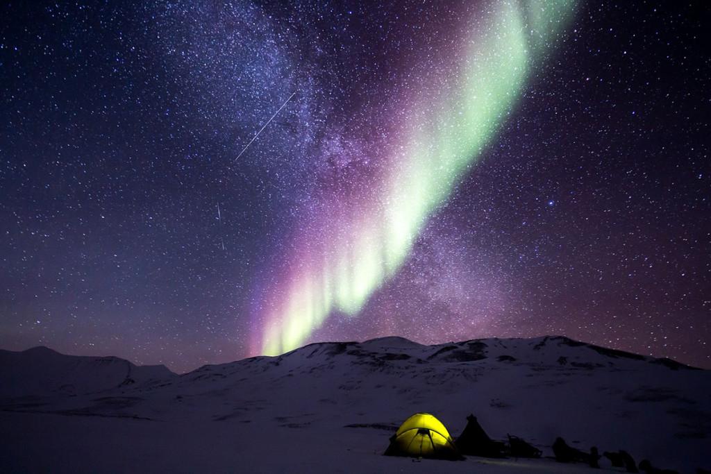 Aurora Boreale e cielo stellato